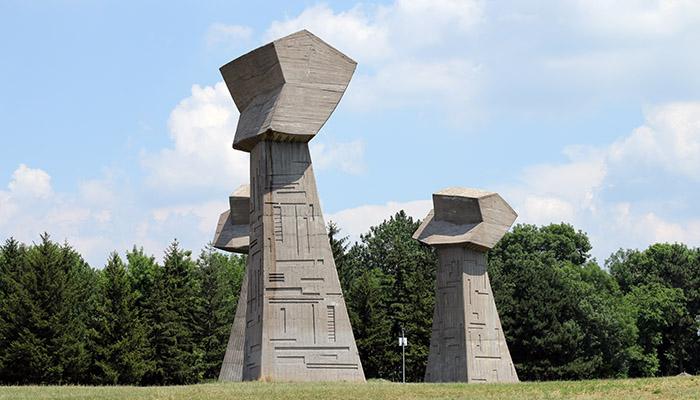 Spomen park Bubanj tri dana po Srbiji u okolini Niša